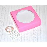 Подарочная коробка с окном розовая 115х110х30 мм